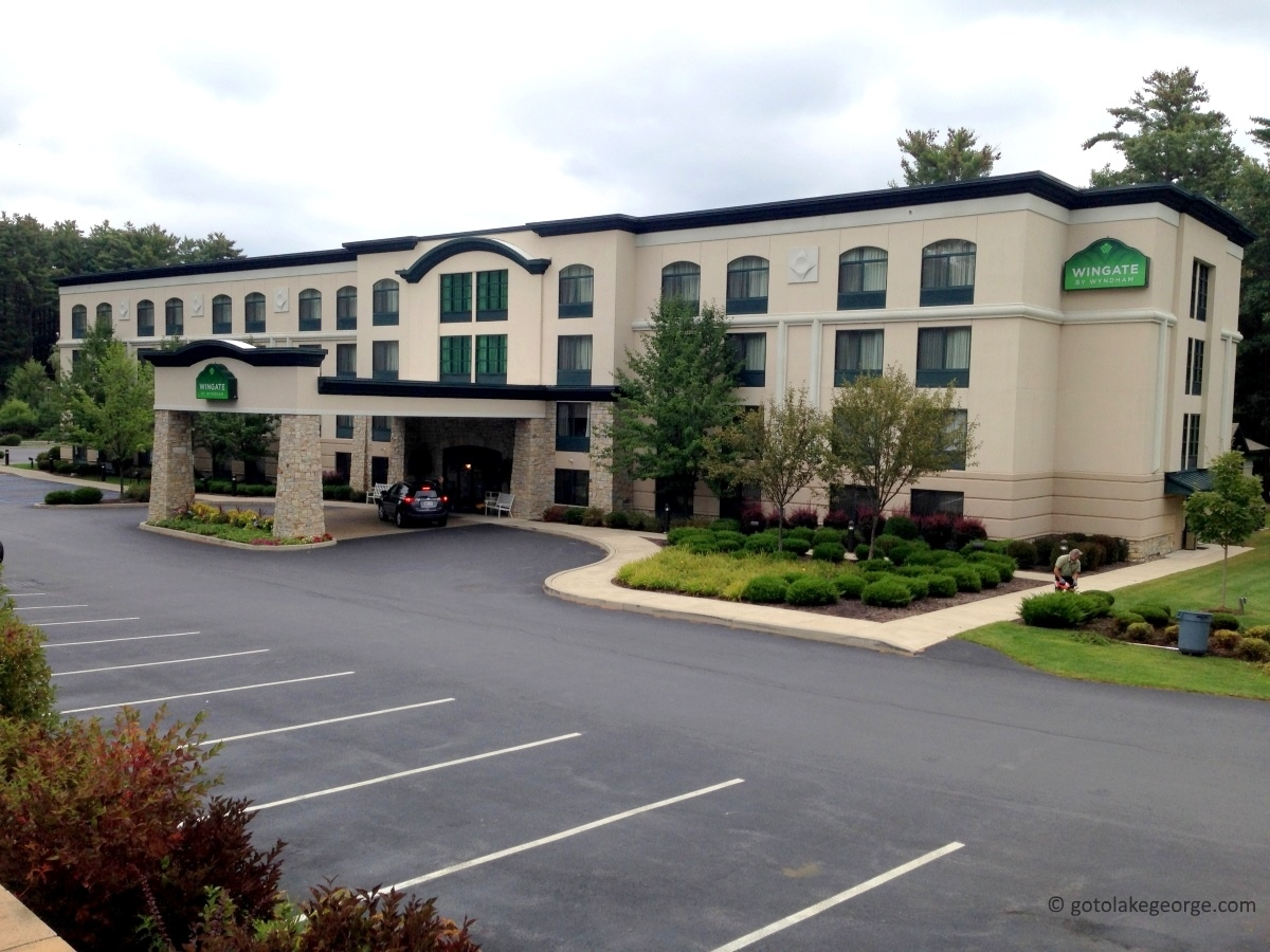 Wingate by wyndham lake george for Wyndham at home